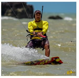 curso de kite surf - escola de kite - kiteboarding - kite trip - kitesurf em perobas - parrachos de perobas - São Miguel do Gostoso - curso de windsurf